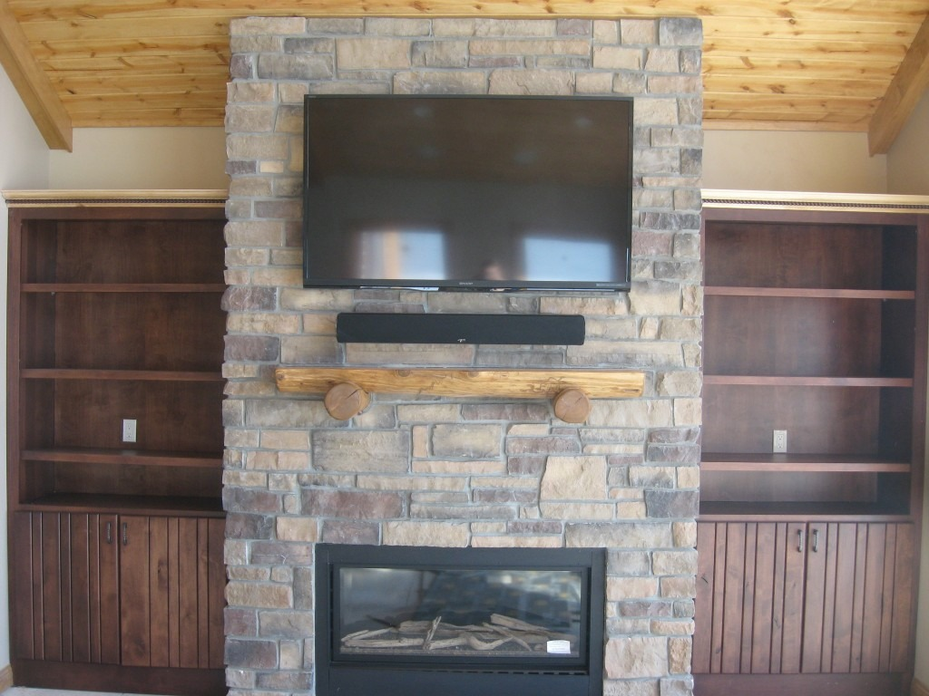 custom log and stone mantels photo gallery
