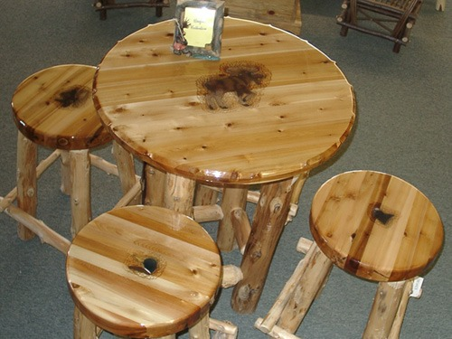 Round bar table with set of 4 wooden bar stools